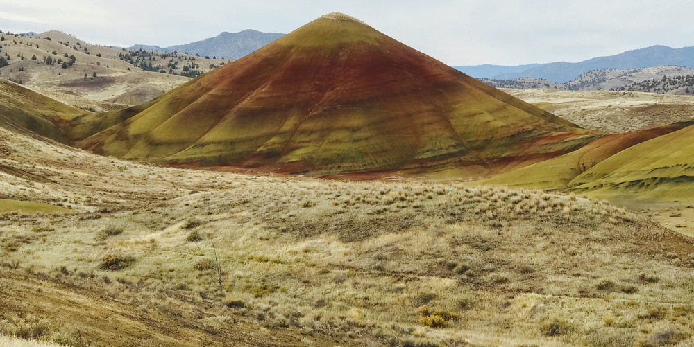 paintedhills.jpg