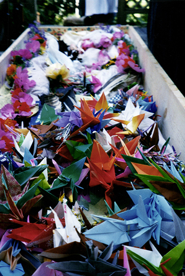 Whidbey-Paper-Crane-Home-Funeral.jpg