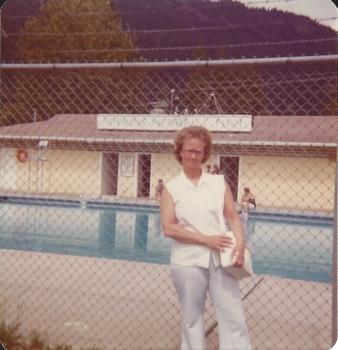 Donna-Olivia-Larson-05.jpg