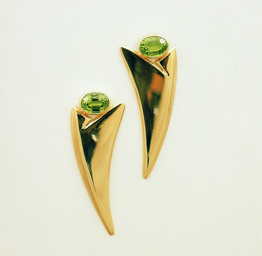 JamesBradshaw-Goldsmith-Earrings-20.jpg