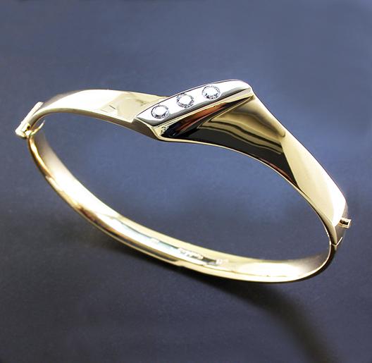 JamesBradshaw-Goldsmith-Bracelet2.jpg