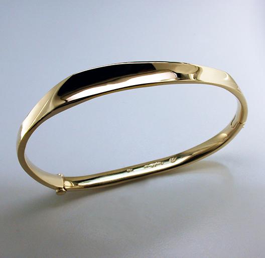 JamesBradshaw-Goldsmith-Bracelet5.jpg