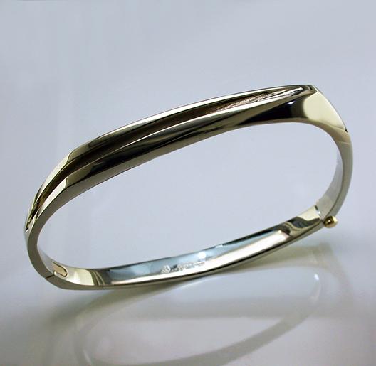 JamesBradshaw-Goldsmith-Bracelet6.jpg