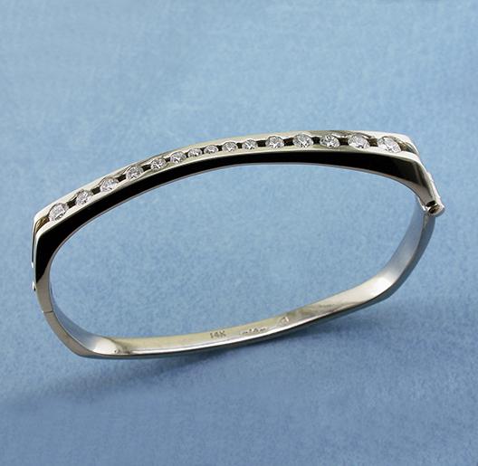 JamesBradshaw-Goldsmith-Bracelet8.jpg