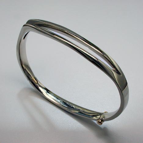 JamesBradshaw-Goldsmith-Bracelet11.jpg