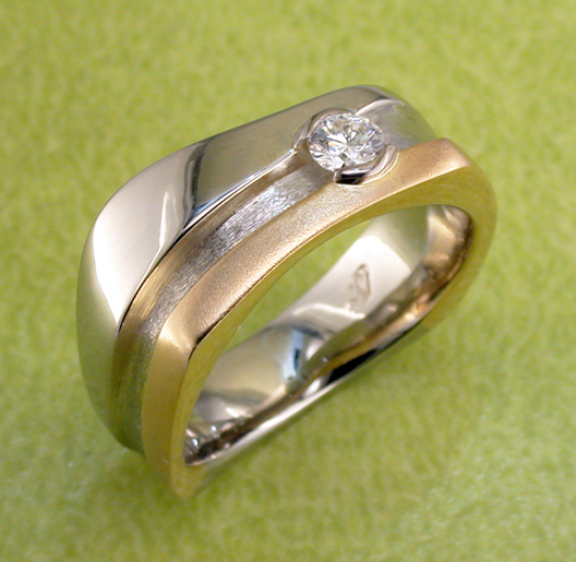 JamesBradshaw-Goldsmith-Gold-and-Diamond-Bandring1.jpg