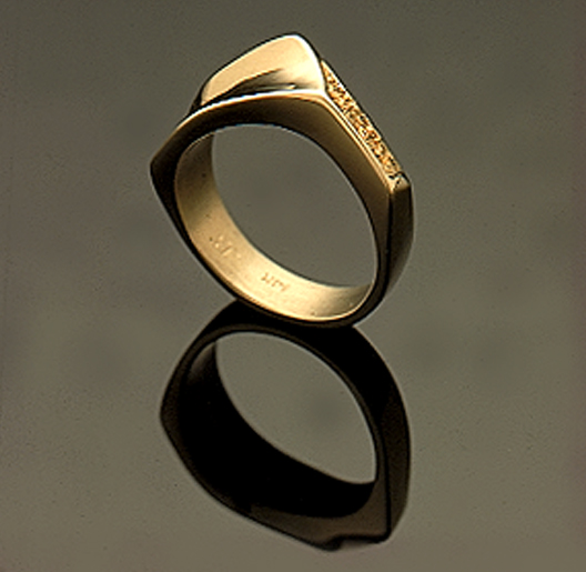 JamesBradshaw-Goldsmith-Gold-and-Diamond-Bandring20.jpg