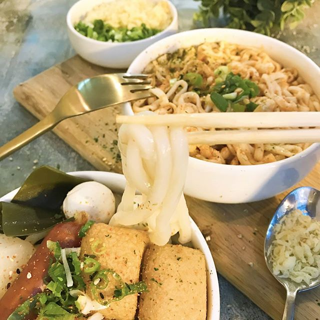 Got noodz? Don't forget about our hot udon noodle soup!  Best paired with our spicy kurobuta pork sausages! 🍲🐷 😋