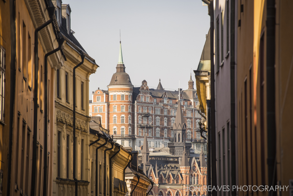 View of Mariaberget from Gamla stan in early morning light. (155mm, f8, 1/500 sec, ISO 400)
