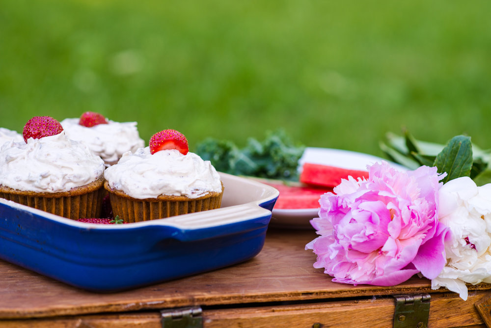summer_harvest_picnic_cupcakes