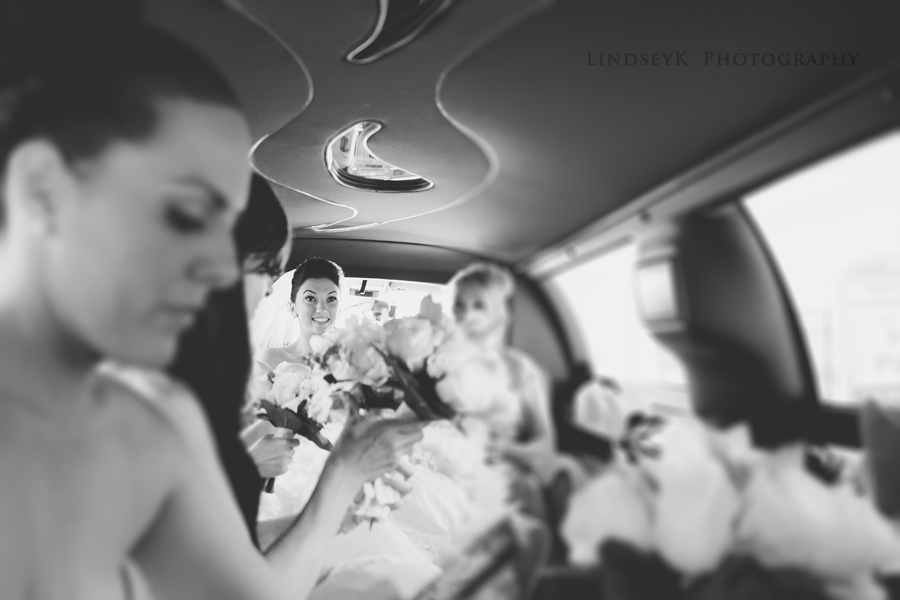 bride-in-limo.png