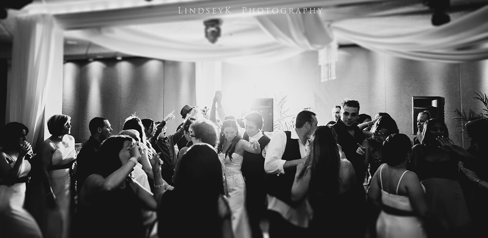 reception-dancing-anthonys.jpg