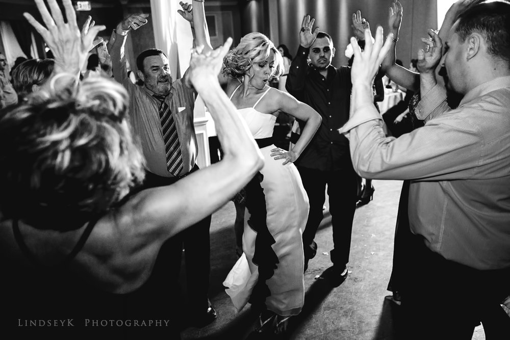 wedding-dancing-photojournalist.jpg