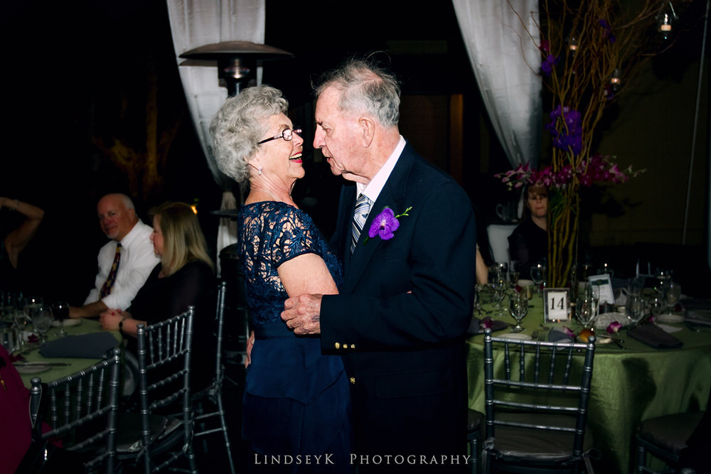 grandparents-at-wedding