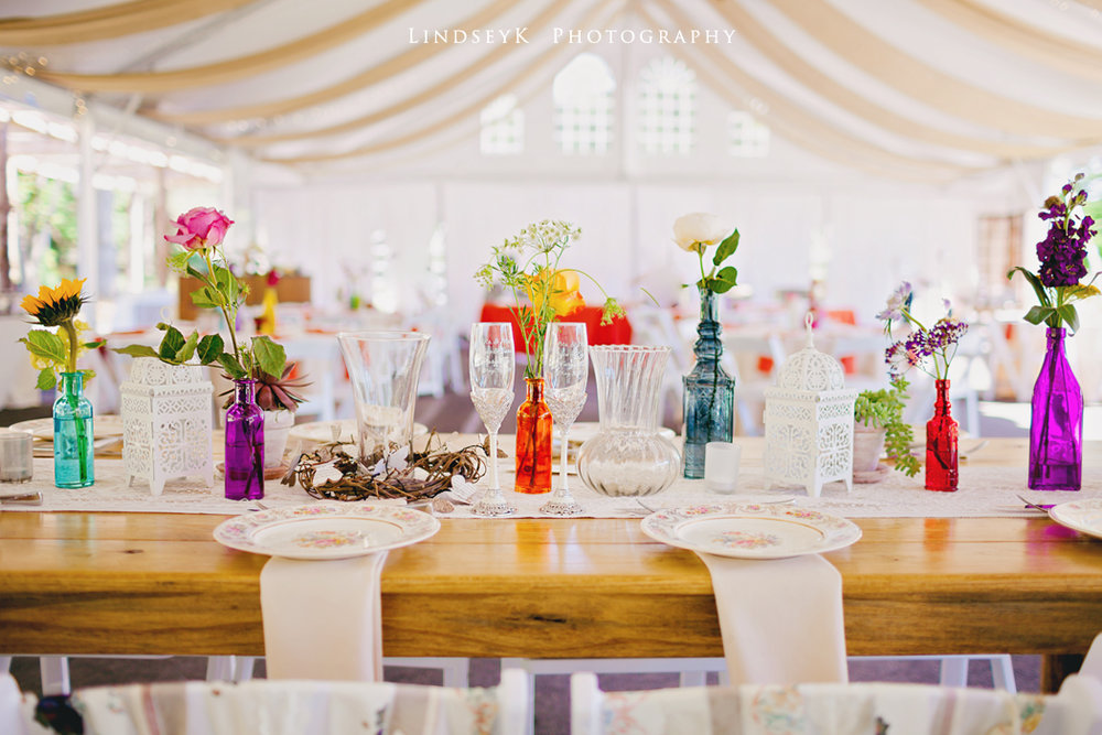 country-wedding-sweatheart-table.jpg