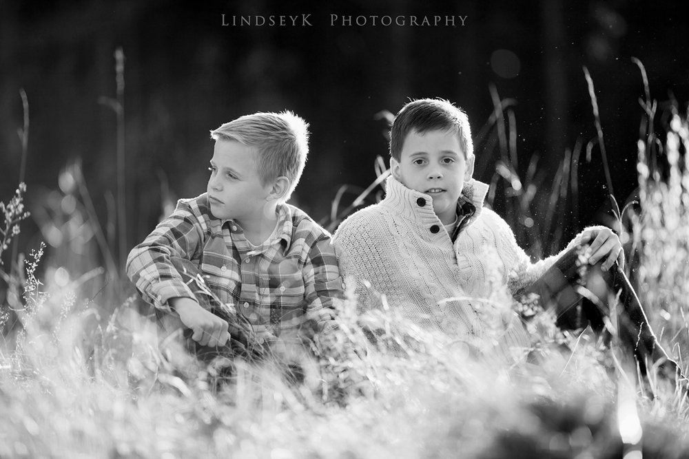 black-and-white-children-photography