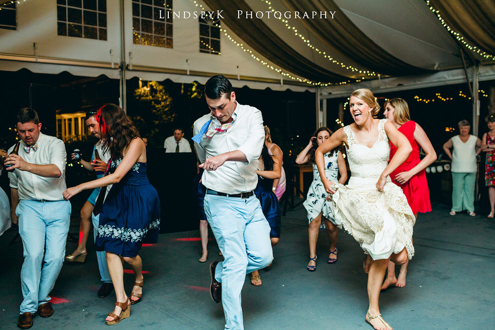 line-dancing-at-wedding.jpg