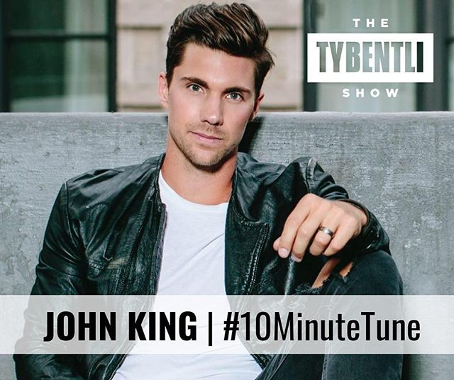 Pumped to be joining @thetybentlishow for a #10MinuteTune tomorrow morning! What should I write a song about?! Hit me with ideas in the comments 👇🏼✏️💡