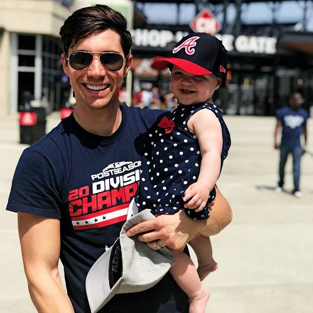 Her first @braves game was a W 👶🏼⚾️➡️#chopon
