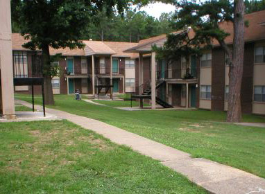 FAIR OAKS APARTMENTS