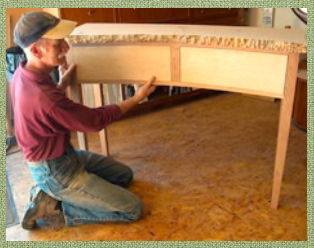 "Chris Barbo fitting curved drawers to ""live-edge"" table"