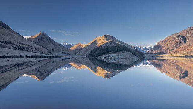 Moke Lake Reflections pic Neil Protheroe @imagesabound