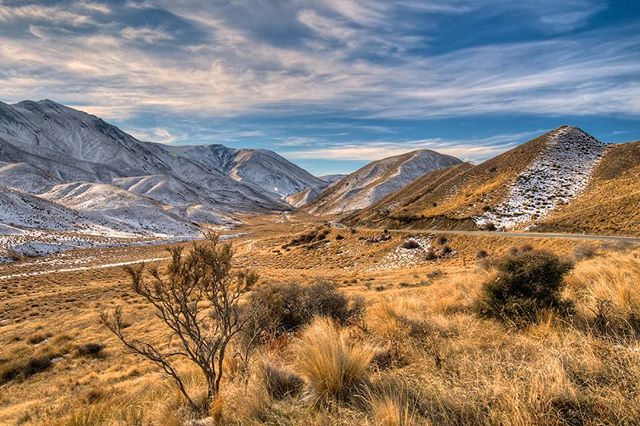 Lindis Pass @imagesabound by Neil Protheroe #nzkiwiadventures