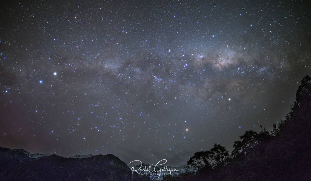 Mt Sefton Glactic Kiwi, Milky Way Starlight Festival 2017 2000px tag.png