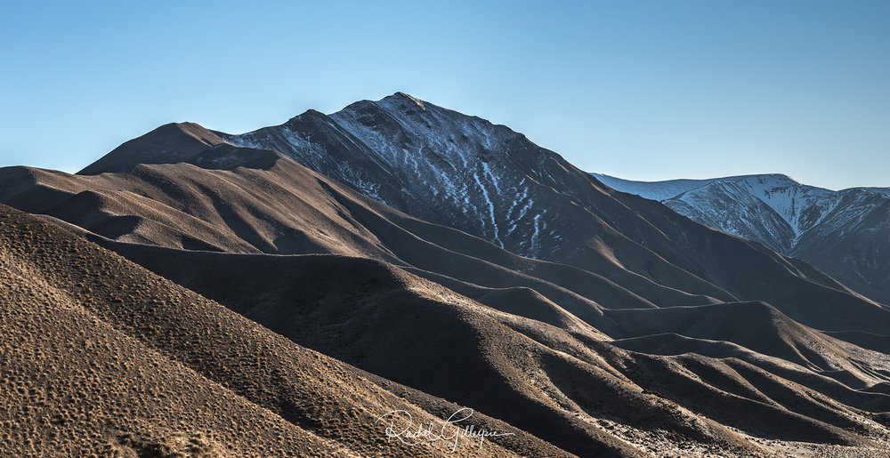 Lindis Pass Morning Light 2018 tag.png