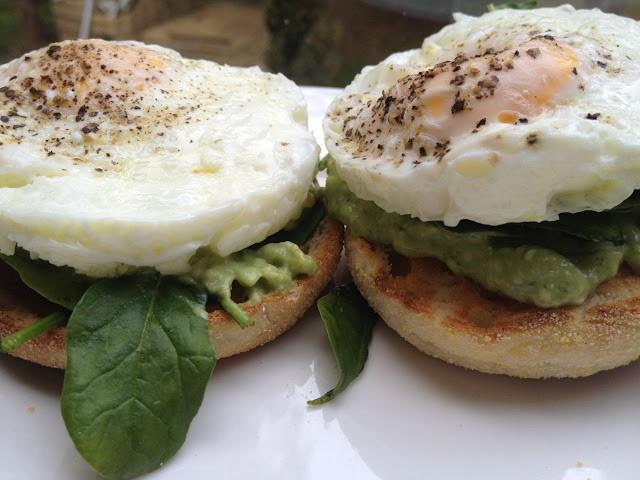 bfast+eggs+muffins