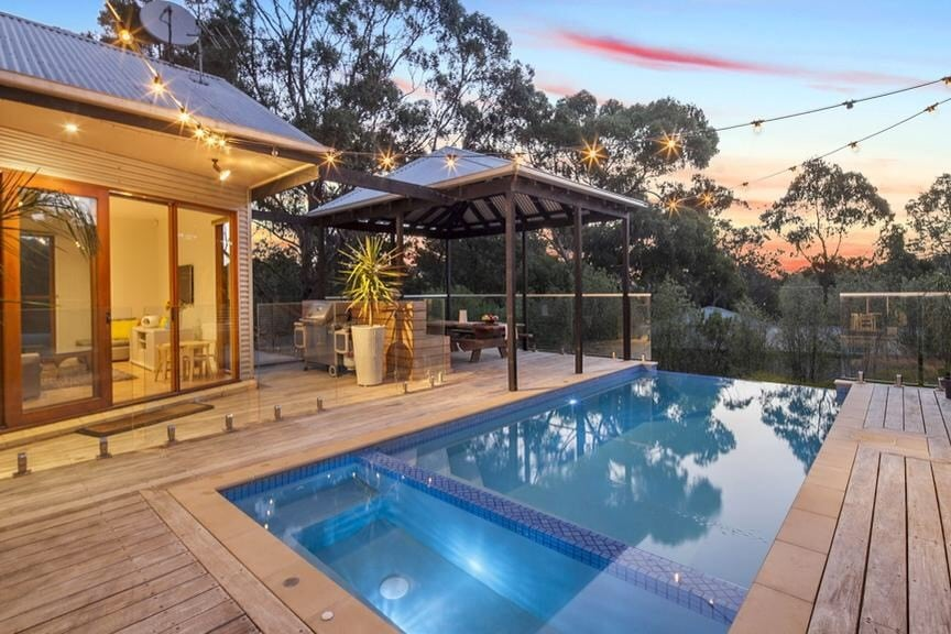 120 Moss Ave Mt Helen Dani Stevens pool area