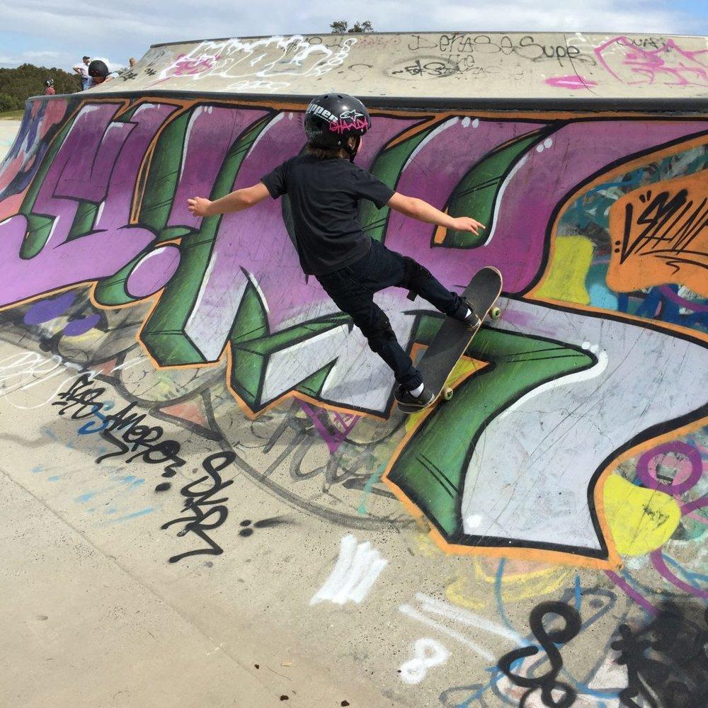 Oscar Stevens skate board