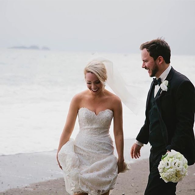 Anybody else ready for warm weather and beautiful beach weddings? 🙋♀️ #FPBCbride