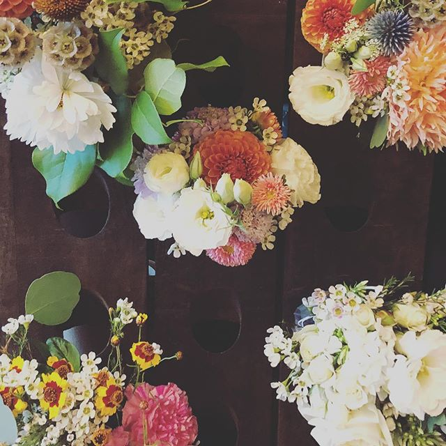 Had a great time at the Summer Pop-Up Shop thanks to everyone who came by! 🧡 Happy Friday!  #islahouseandflower  #floralfriday #flowerfriday