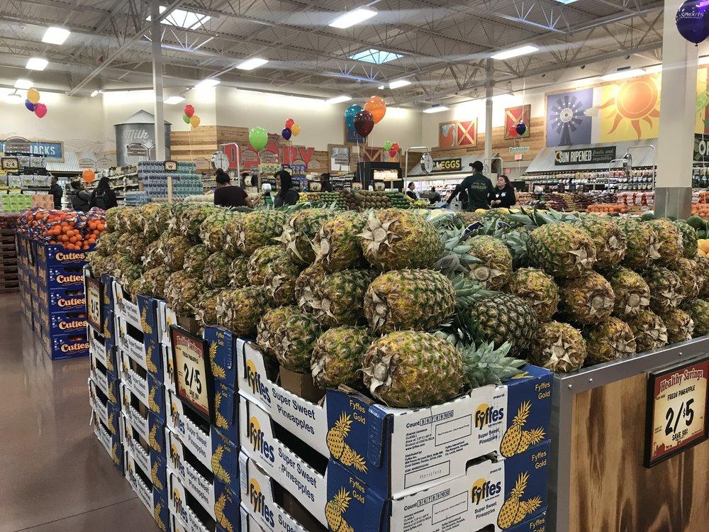 sp. pineapples.jpg