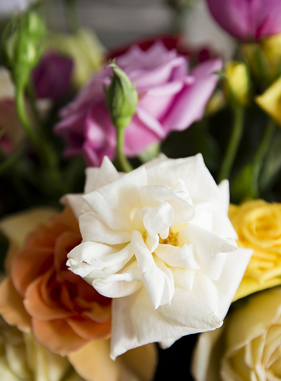 portobellorose-bouquet-detail-enmasse2.jpg
