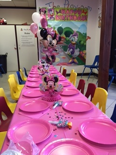 minnie mouse party.JPG