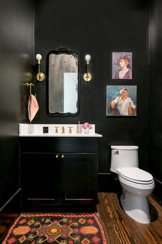 Liz Edits-Sarah-Natsumi-Moore-bathroom.jpg