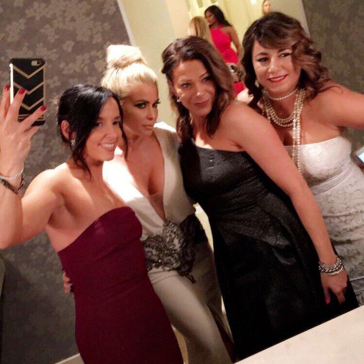 Bathroom Selfie with Carmen Electra