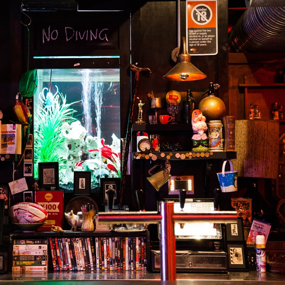 Kings Cross Hotel - Dive bar