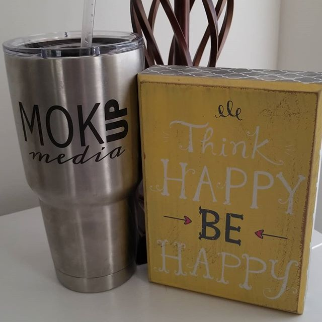 Have a happy day!! • • • • • #mokupmedia #wednesday #thinkhappybehappy #yeti @yeti #marketing #digitalmarketing #entrepreneur #bossmom #WAHM