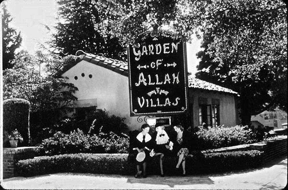 Women at the Garden of Allah