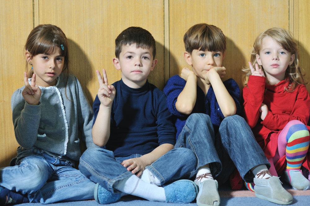 kids sitting 21.jpg