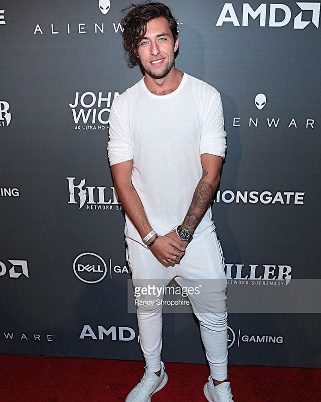 Had so much fun at the Alienware and Dell gaming E3 kick off party last night! Thank you for having me. #alienware #dell #gaming #johnwick #lionsgate #redcarpet #e3 #losangeles #fun #allwhite