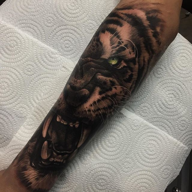 Tiger from today, thanks Aiden!  @worldfamousink  @stencilstuff  @eztattooing  @inkbooster