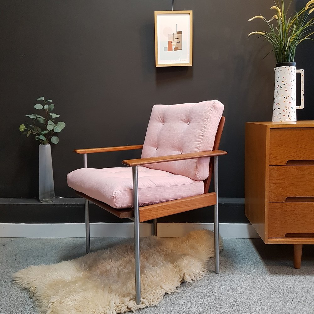 Pink Lounge Chair