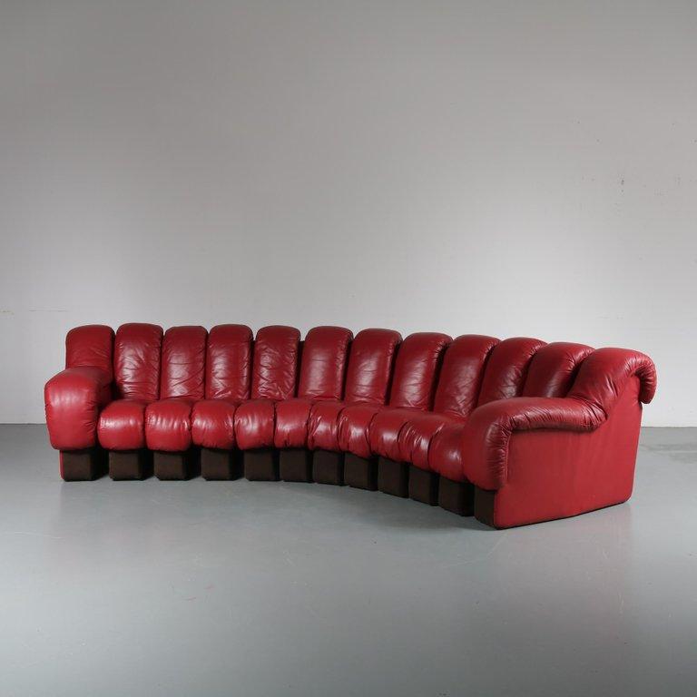 De-Sede-DS-600-Sofa-in-Red-Leather-Switzerland-1960-2.jpg