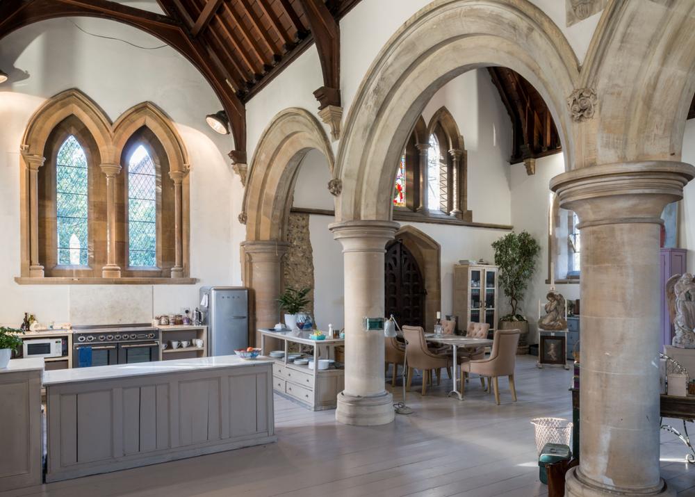 Faversham Kitchen (7).png