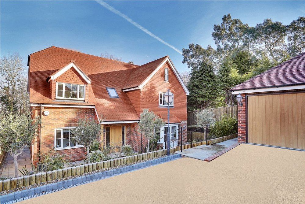 FURZEFIELD AVENUE - Bespoke New Build Home