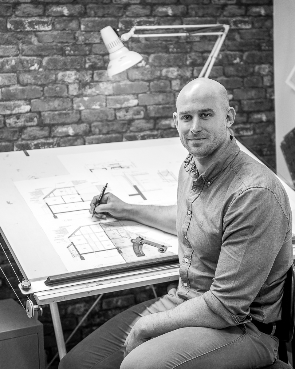 STUART COLEMAN  BA(Hons), MArch, PgDip, RIBA DIRECTOR / ARCHITECT